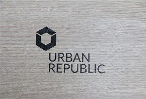 Tisk loga na dřevěných materiálech WER-D4880UV